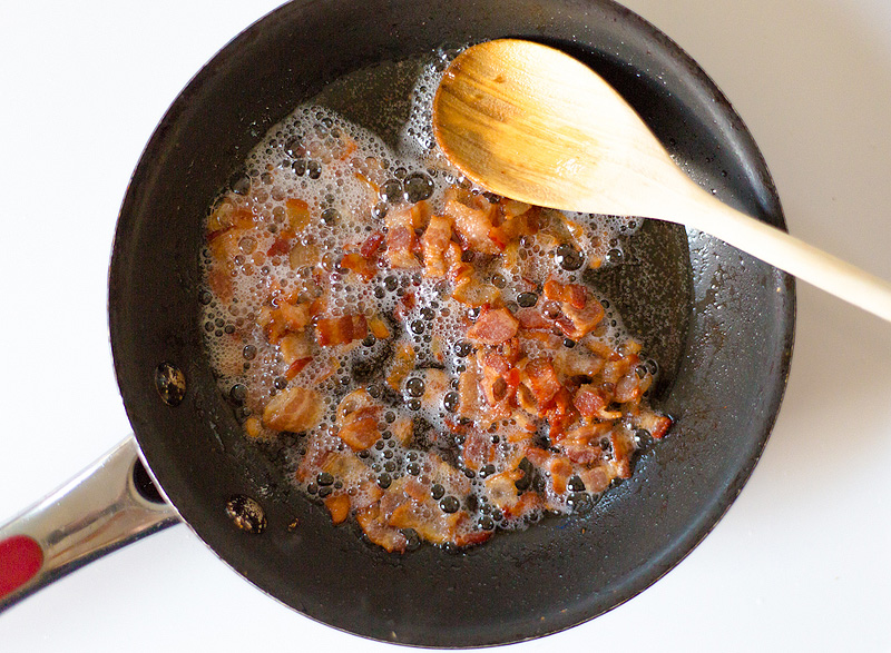 Easy Pasta Carbonara - bacon