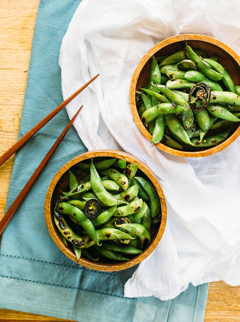 spicy edamame in bowls