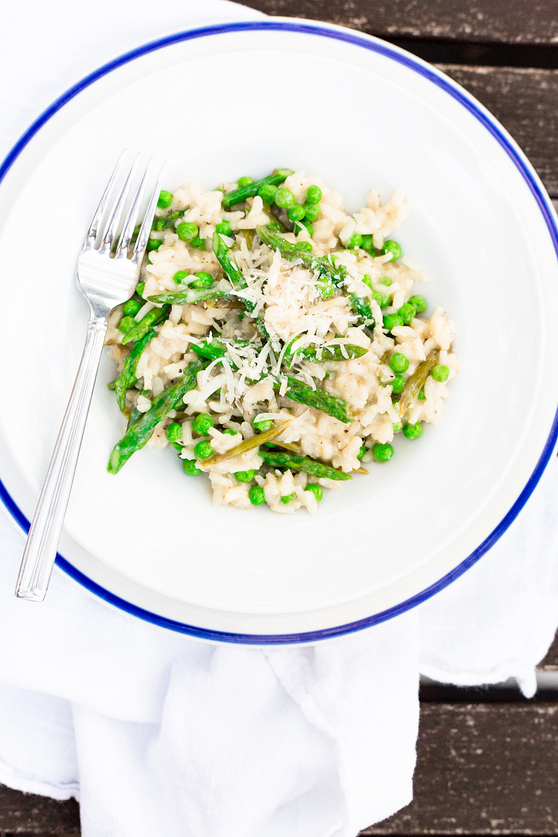 spring risotto with asparagus and peas