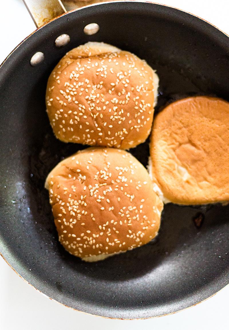 toasted hamburger buns