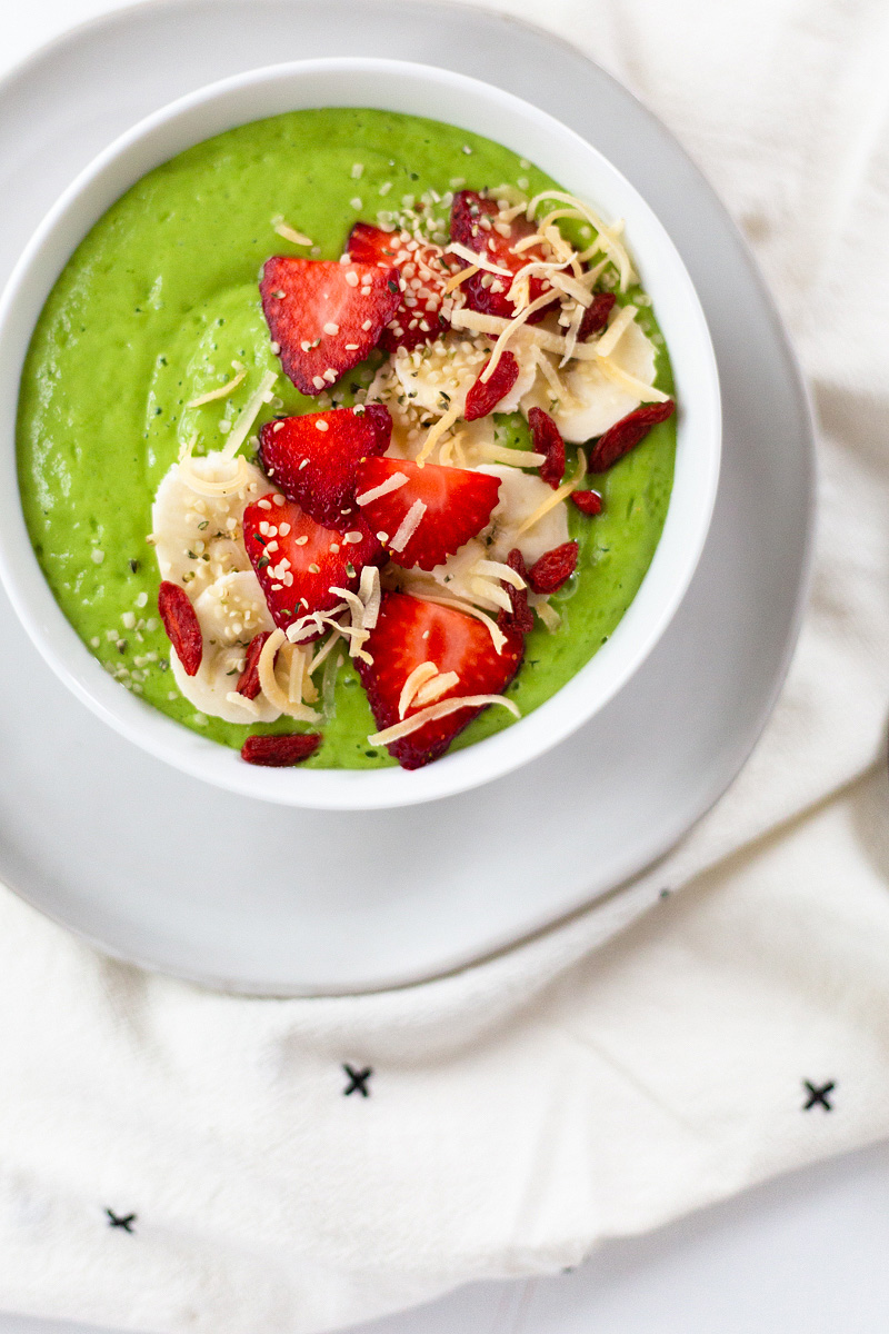 Creamy Green Smoothie Bowl