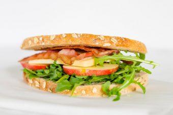 Apple Cheddar and Arugula Sandwich
