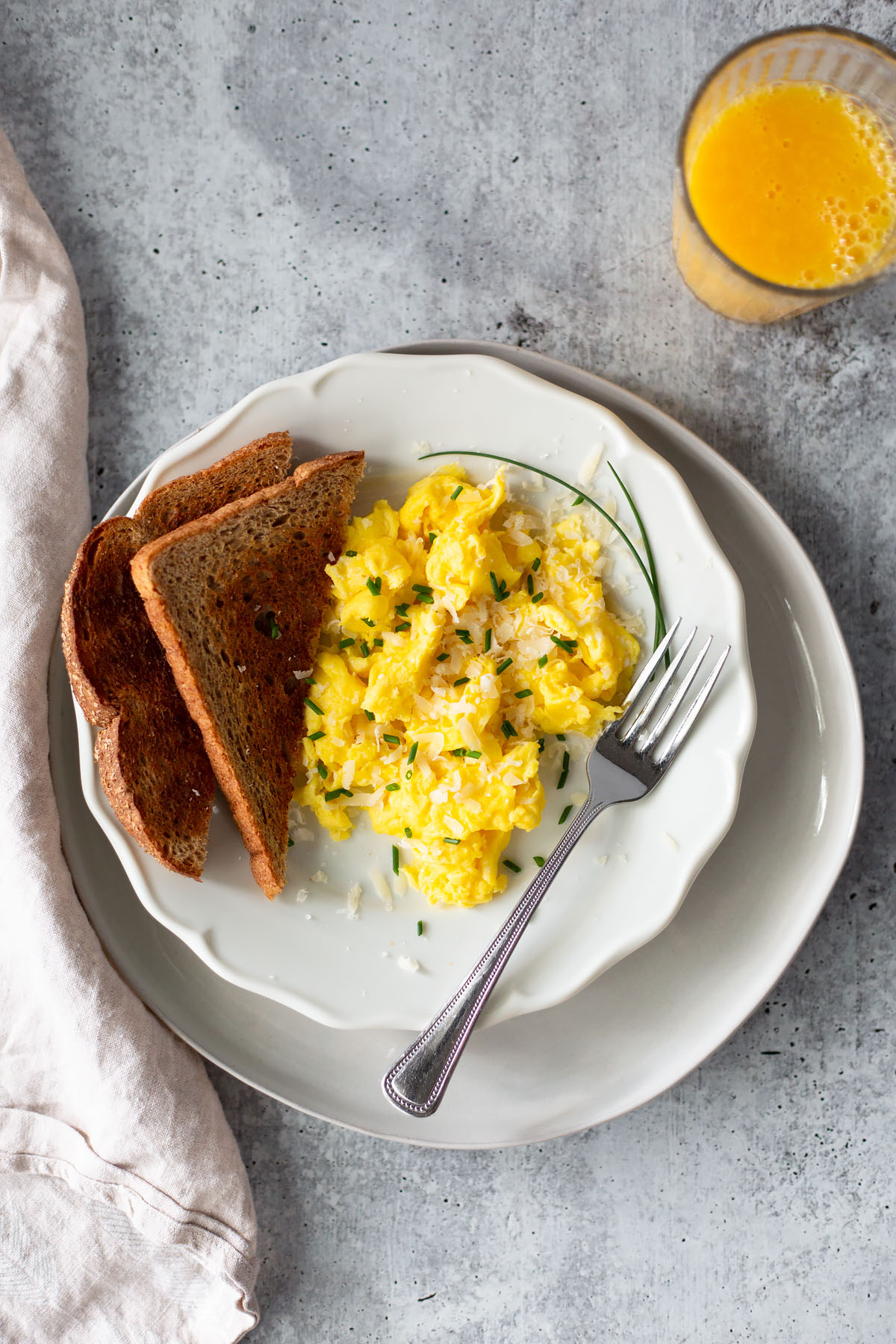 fluffy scrambled eggs with toast