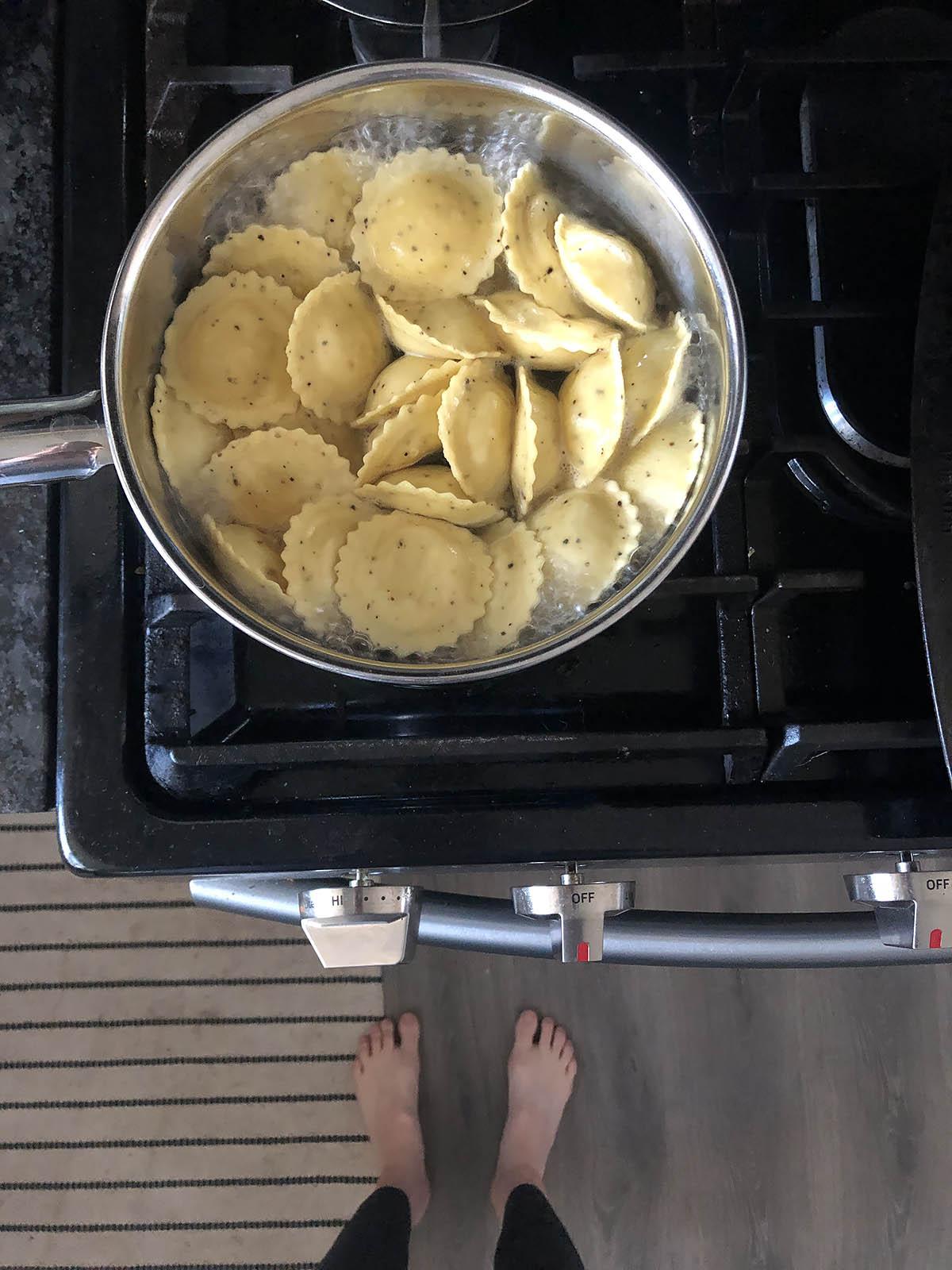 cooking trader joes cacio e pepe in a pot