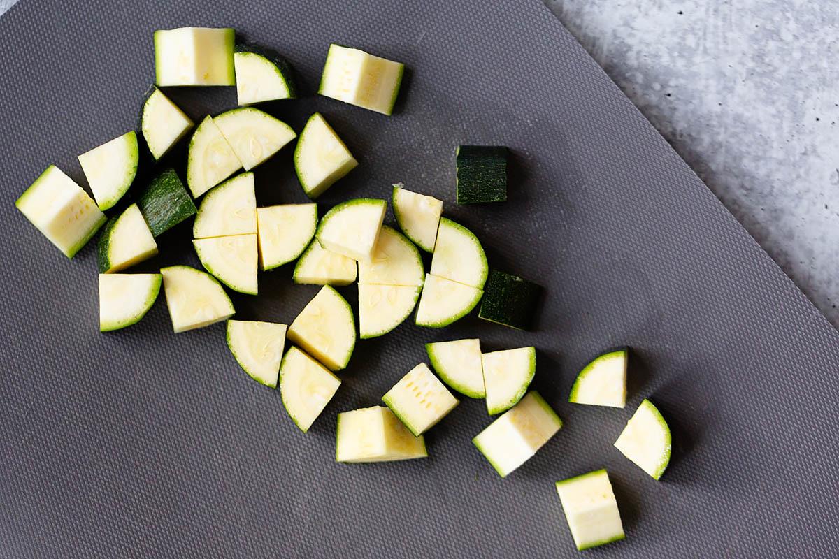 cut zucchini cubes