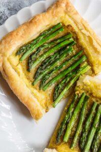 asparagus tart with pesto