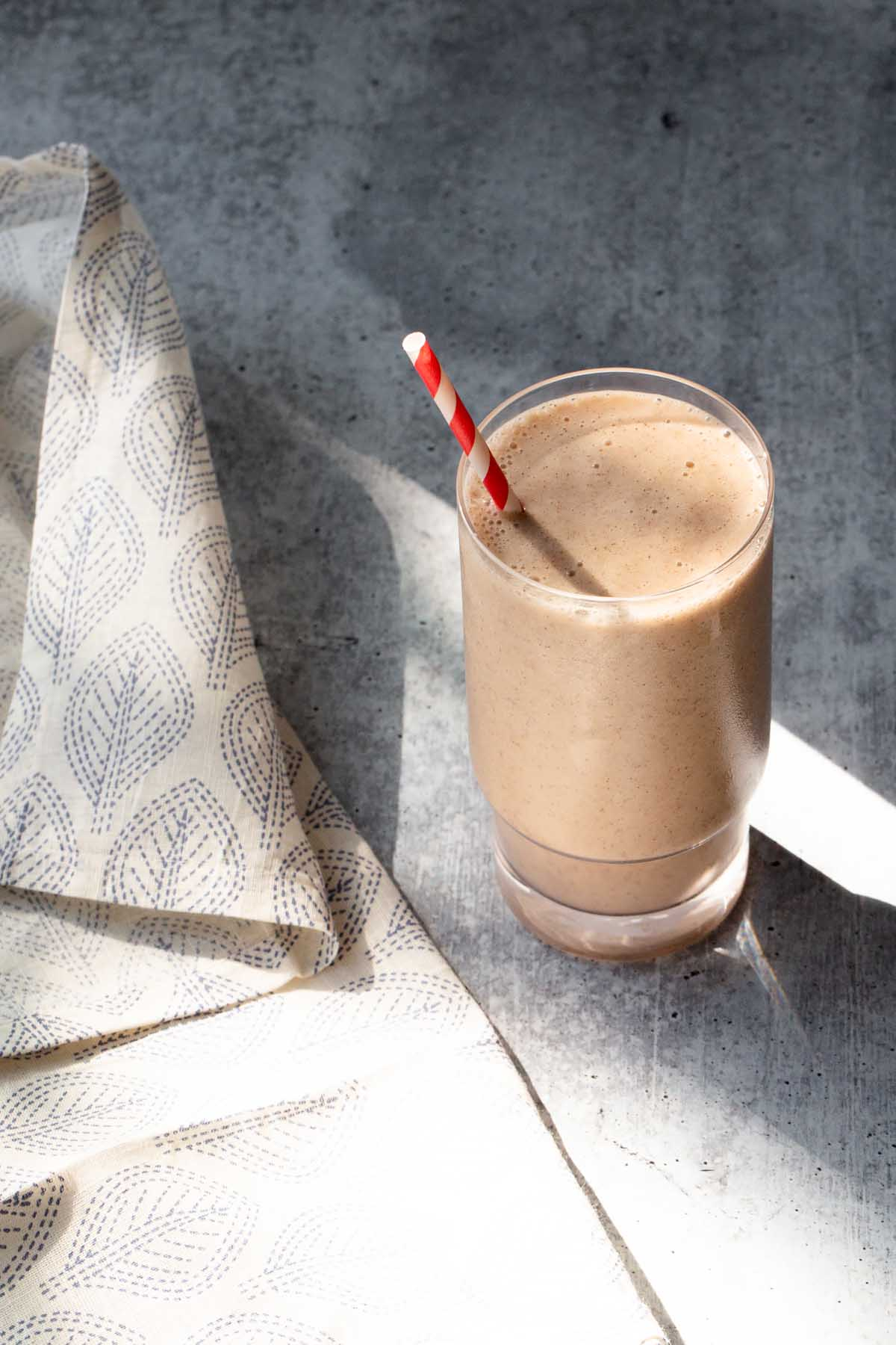 cinnamon smoothie with a fabric napkin